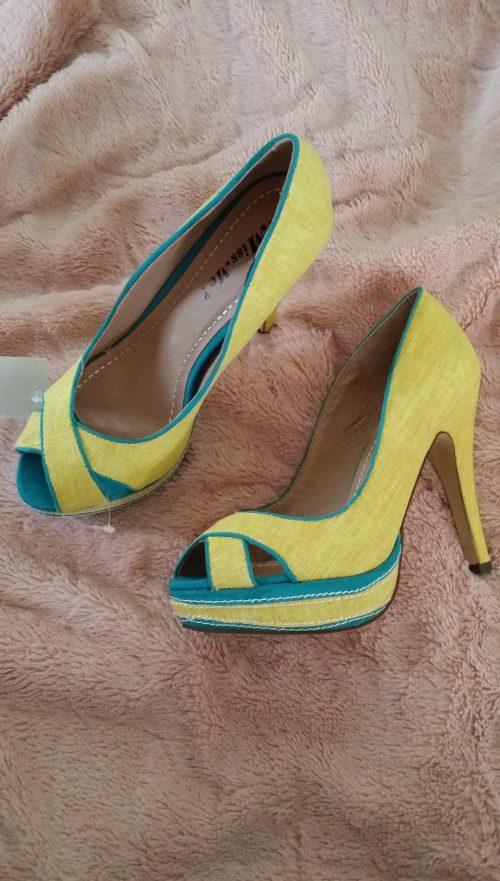 pumps geel/blauw