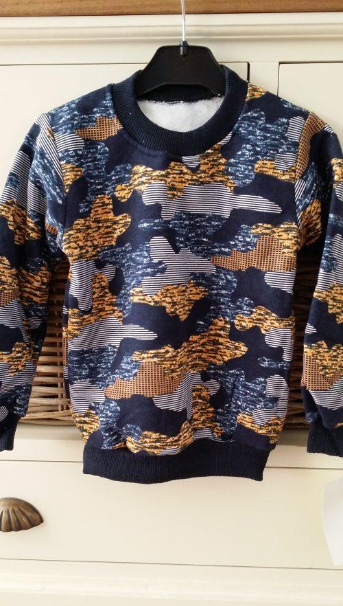 army sweater oker
