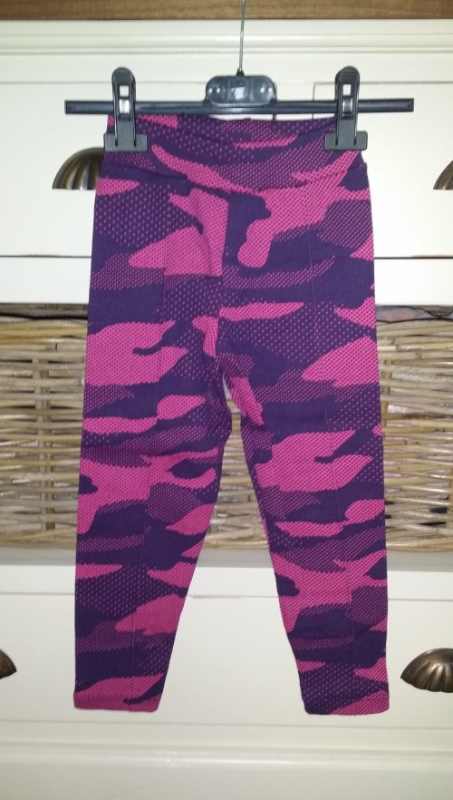 camouflage broek roze